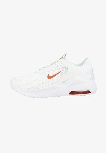Sneakers laag - white turf orange summit white light dew cu