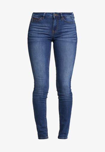 JONA - Jeans Skinny Fit - clean mid stone blue denim