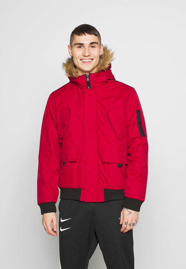 RICHARDS CROP PARKA - Välikausitakki - red