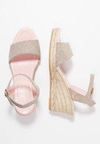 Pretty Ballerinas - Platform sandals - galassia plata - 3