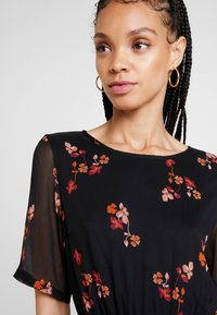 Vero Moda - VMCARINA BELT SHORT DRESS - Day dress - black - 3