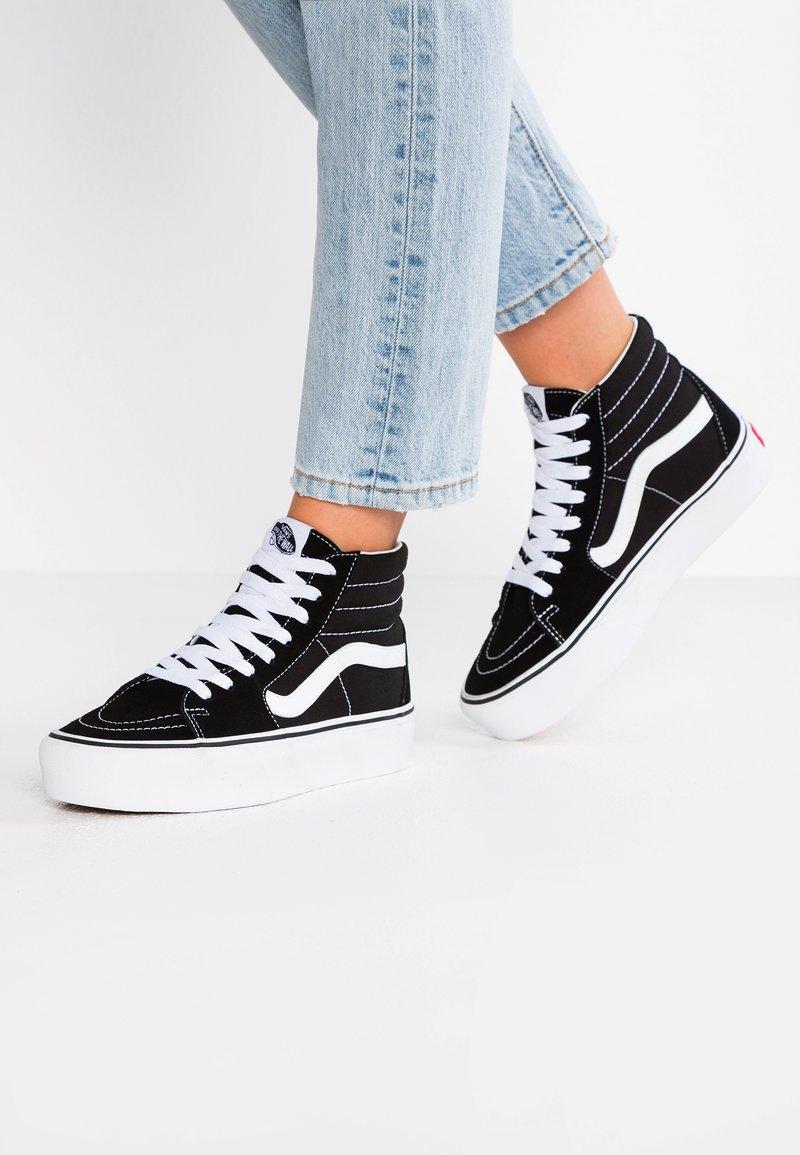Vans - SK8 PLATFORM 2.0 - Zapatillas altas - black/true white