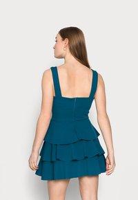 WAL G PETITE - V NECK DOUBLE DRILL DRESS - Koktejlové šaty/ šaty na párty - teal blue - 2