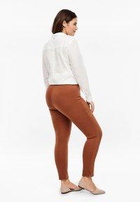 Triangle - Leggings - Trousers - cognac - 2