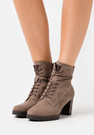 BOOTS - Platform ankle boots - pepper