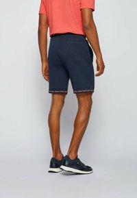 BOSS - HEADLO  - Shorts - dark blue - 2