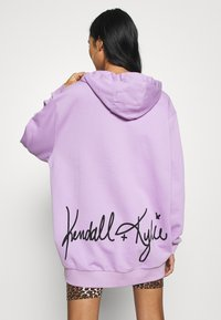 KENDALL + KYLIE - OVERSIZE HOODIE - Sweat à capuche - lilac - 2