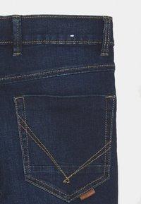 Name it - NKMTHEO PANT - Slim fit jeans - dark blue denim - 3