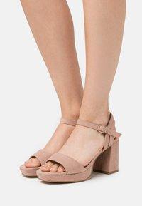 New Look Wide Fit - WIDE FIT PLATFORM TRADE - Sandaler med høye hæler - oatmeal - 0