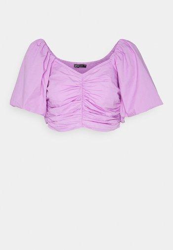 LEAH - T-shirt con stampa - light purple