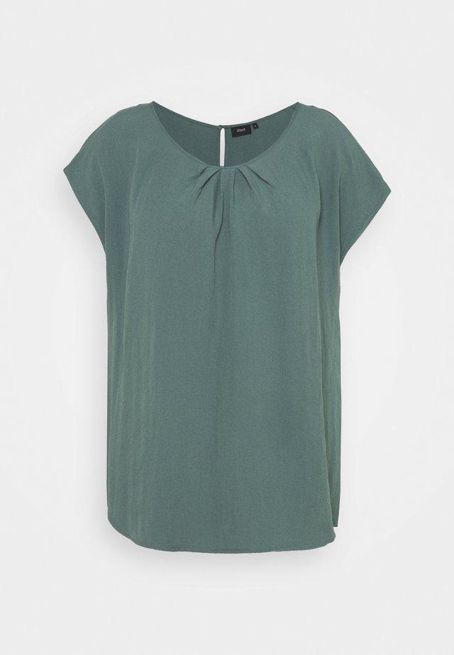 VMACY - Blouse - balsam green