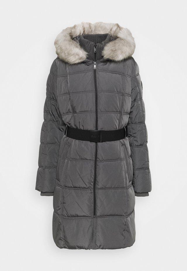 WAISTED PUFFER - Zimní kabát - titan