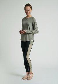 Hummel - VANJA  - Long sleeved top - vetiver - 1