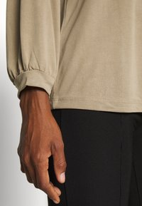 mbyM - KILJA - Long sleeved top - twig - 3