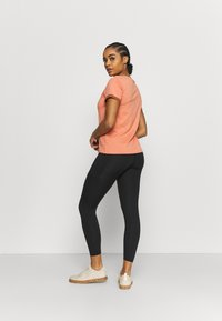 The North Face - MOTIVATION 7/8 POCKET - Leggings - black - 2