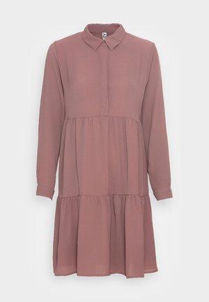 JDYPIPER DRESS - Robe chemise - rose taupe