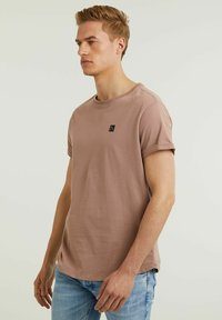 CHASIN' - Basic T-shirt - pink - 3