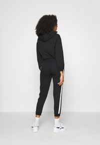 Even&Odd - CROPPED TIE HEM SWEAT JACKET - Bluza rozpinana - black - 4