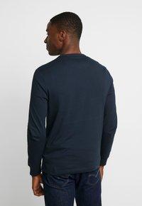 Farah - WORTH TEE - Bluzka z długim rękawem - true navy - 2