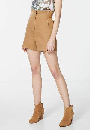 Shorts - noisette