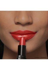Bobbi Brown - LUXE LIP COLOR - Lipstick - sunset orange - 7