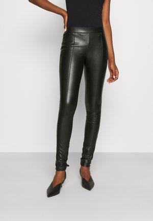 ONLTEA MARIA FAUX LEGGING  - Legging - black