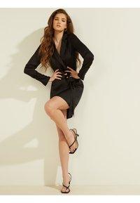 Guess - Day dress - schwarz - 1