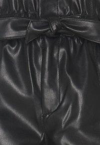 Vero Moda - VMKIM - Shorts - black - 2