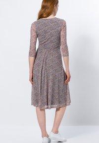 zero - Day dress - magenta rouge - 2
