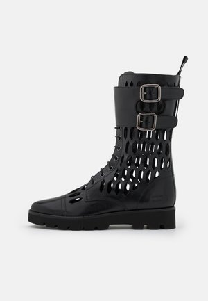 SELINA 50 - Šněrovací vysoké boty - black