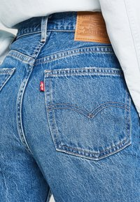 Levi's® - 70S HIGH FLARE - Flared jeans - standing steady - 5