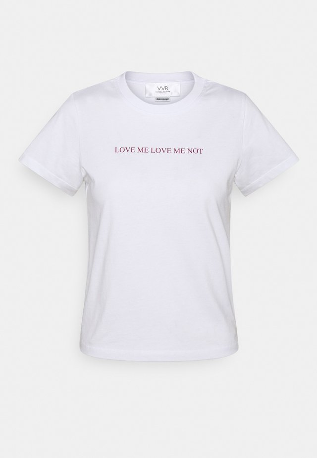 LOVE ME LOVE ME NOT - T-shirt z nadrukiem - white