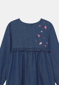 Staccato - Denim dress - mid blue denim - 2