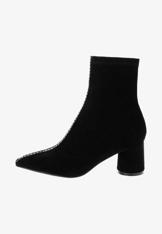AGELLO - Classic ankle boots - black