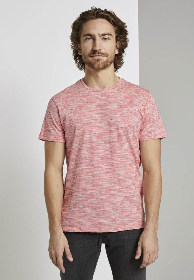 T-SHIRT BASIC TWO-TONE T-SHIRT - Print T-shirt - red offwhite streaky inject