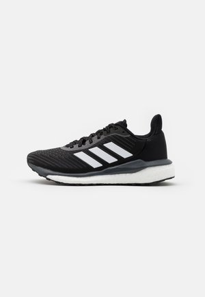 SOLAR DRIVE 19 - Neutral running shoes - core black/footwear white/grey six