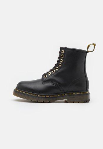 1460 BLIZZARD WP UNISEX - Stivali da neve  - black