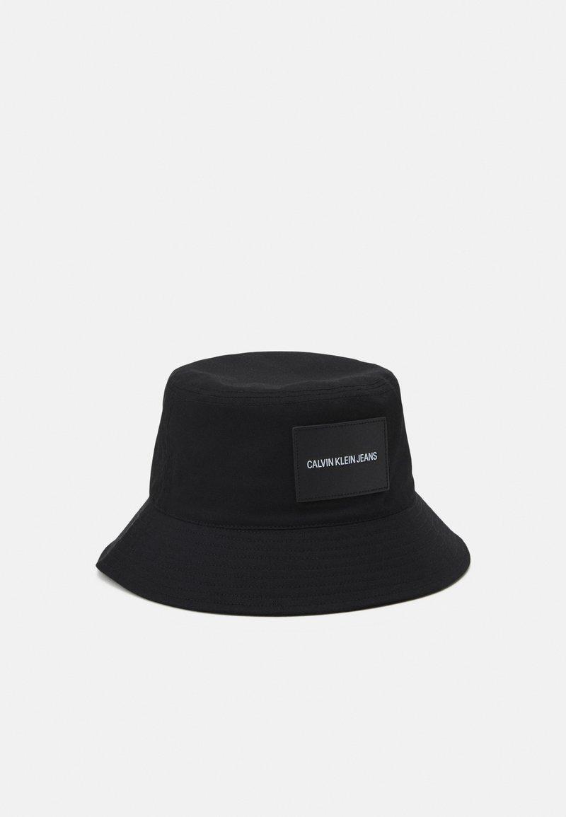 Calvin Klein Jeans - INST BUCKET UNISEX - Hat - black