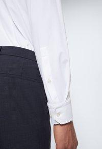 Strellson - STAN - Formal shirt - weiß - 4