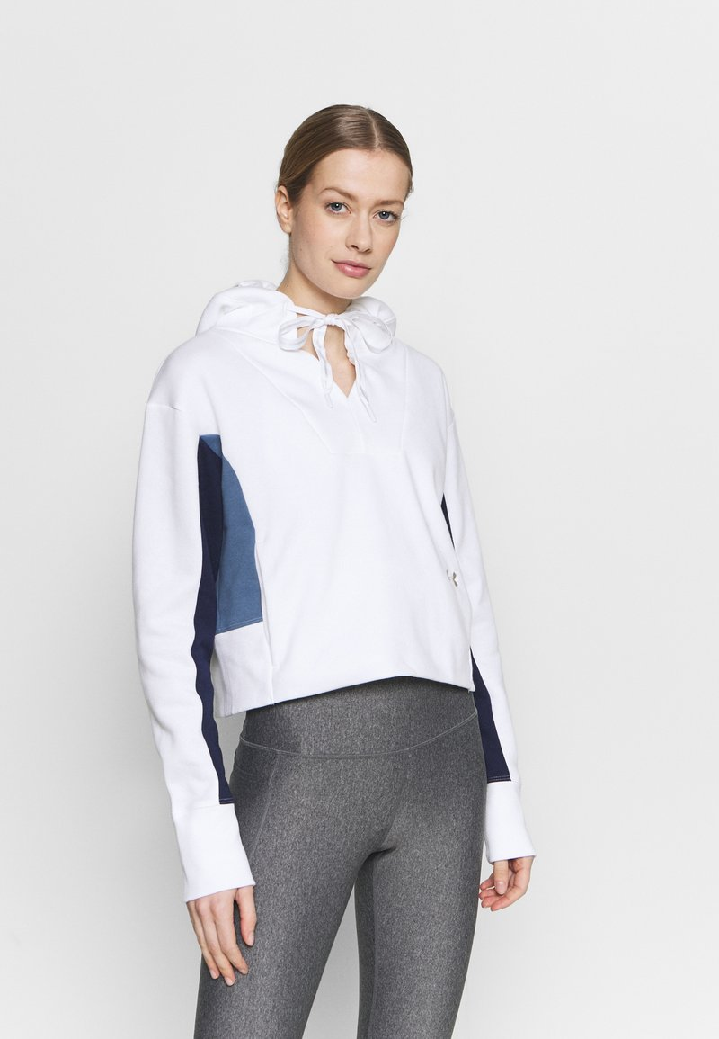 Under Armour - RIVAL HOODIE - Sweatshirt - white