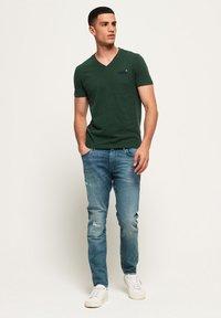 Superdry - T-shirt basic - buck green marl - 1