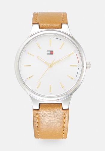 BELLA - Watch - camel/silver-coloured