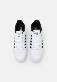 K-SWISS - COURT CHASSEUR - Trainers - white/black - 3