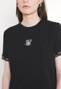 SIKSILK - CORE TECH DRESS - Jersey dress - black - 5