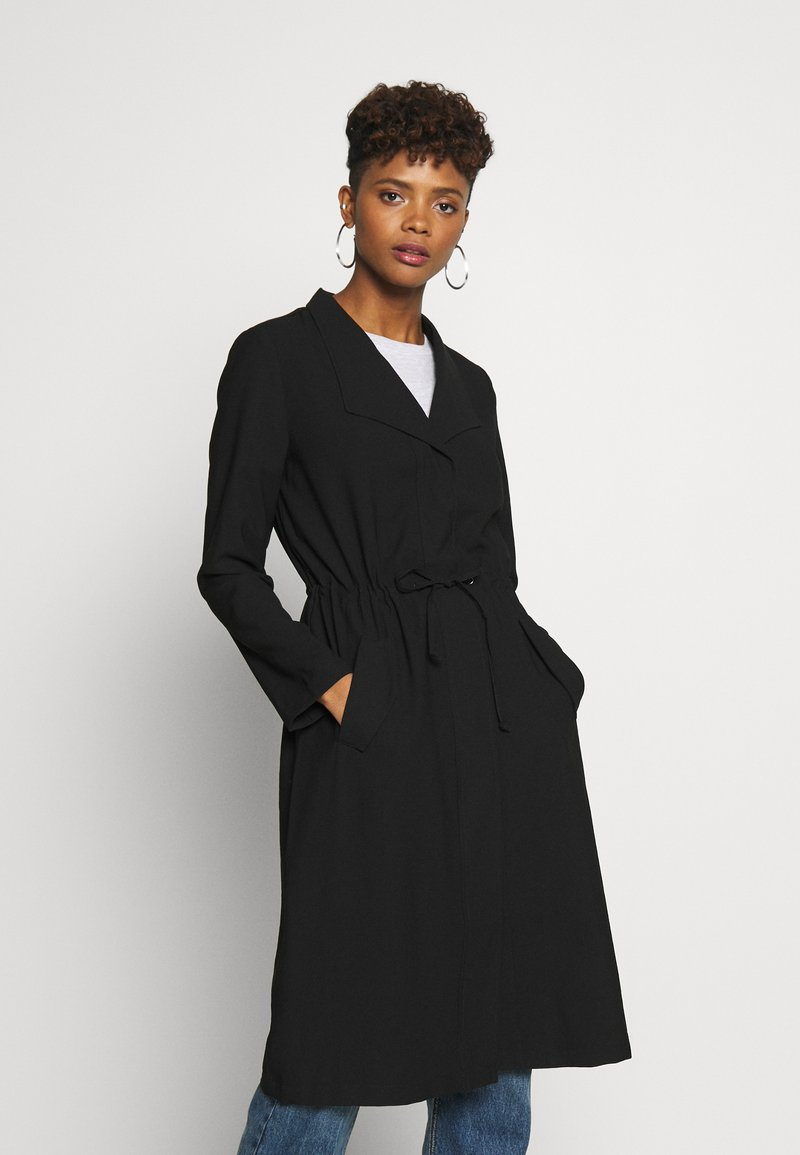 ONLY - ONLSILLE DRAPY LONG COAT - Kåpe / frakk - black
