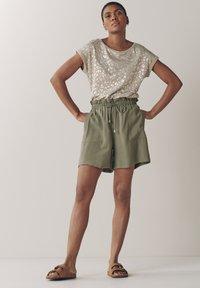 Next - EMMA WILLIS  - Shorts - grey - 1