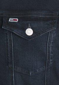 Tommy Jeans - TRUCKER JACKET COBBS - Jeansjacka - blue denim - 5