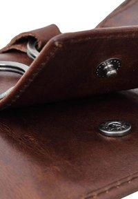 Gusti Leder - Key holder - dark brown - 6