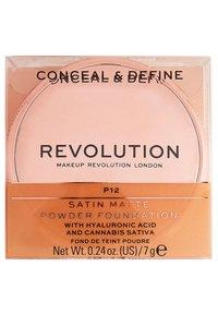 Make up Revolution - CONCEAL & DEFINE POWDER FOUNDATION - Foundation - p12 - 4