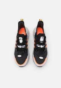adidas Performance - ULTRABOOST C.RDY - Neutrala löparskor - core black/signal organge/legend gold - 3